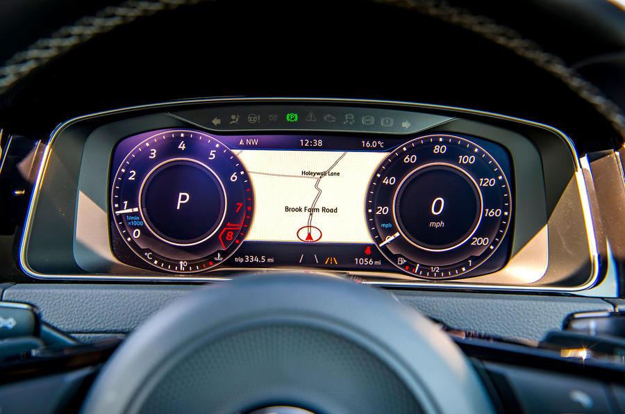 Volkswagen Golf R 2019 road test review - instruments