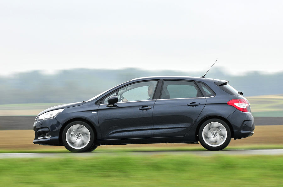 Citroën C4 side profile