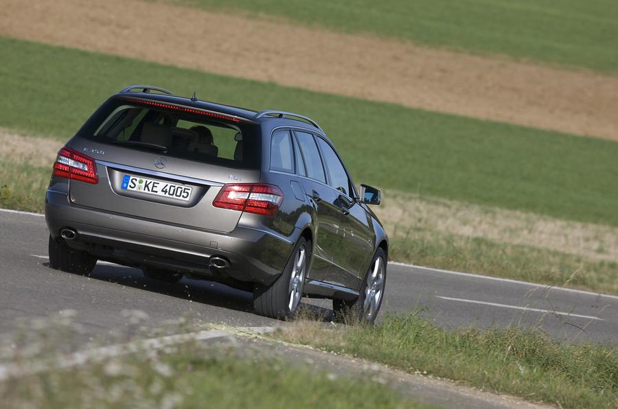 Mercedes-Benz E250 CDI Estate rear cornering