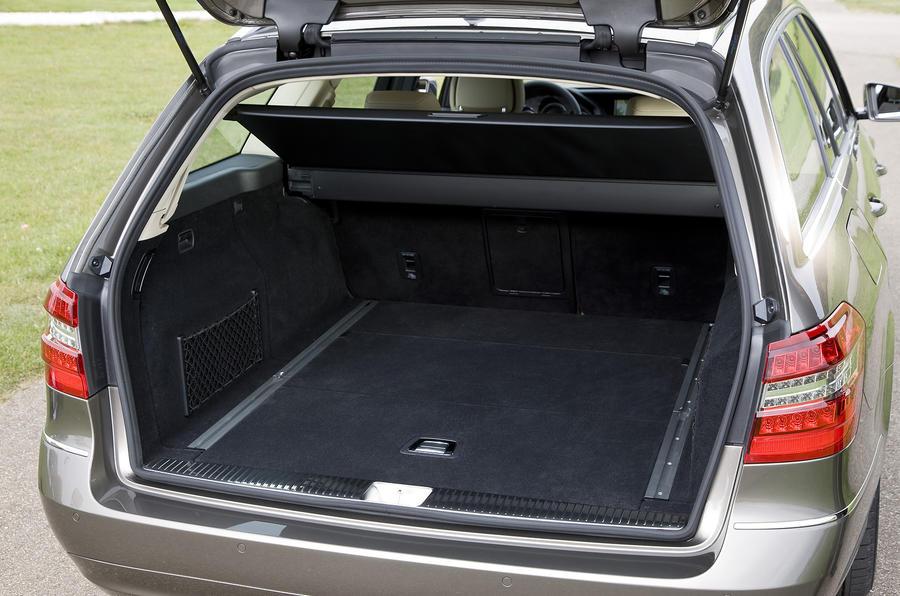 Mercedes-Benz E250 CDI Estate boot space