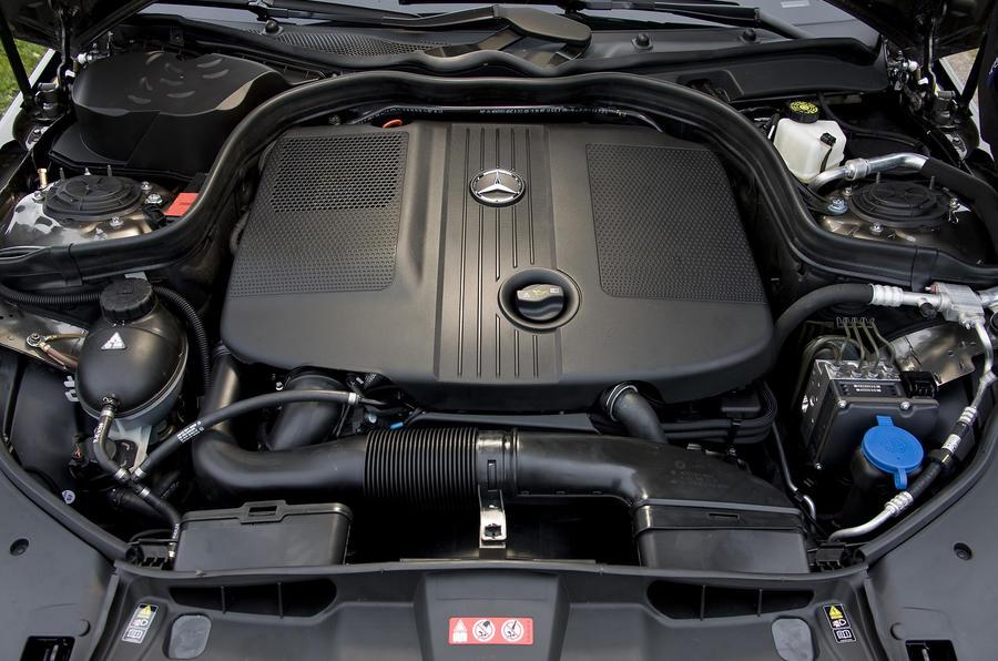 Mercedes-Benz E250 diesel engine
