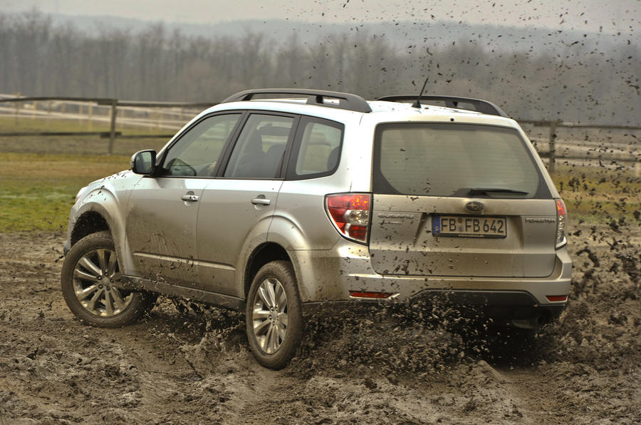 Subaru Forester 2.0 XS off-roading