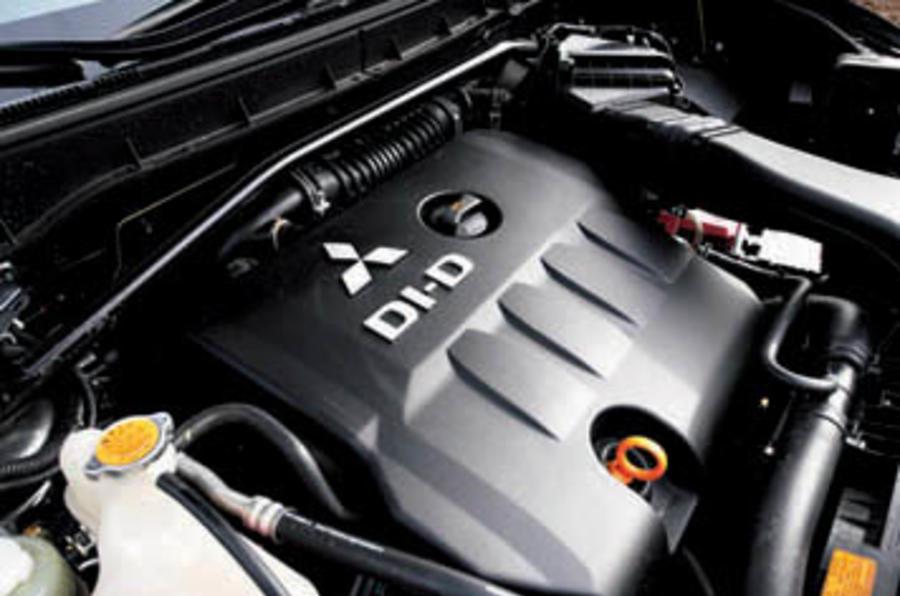 Mitsubishi Outlander 2.0 Di-D Equippe
