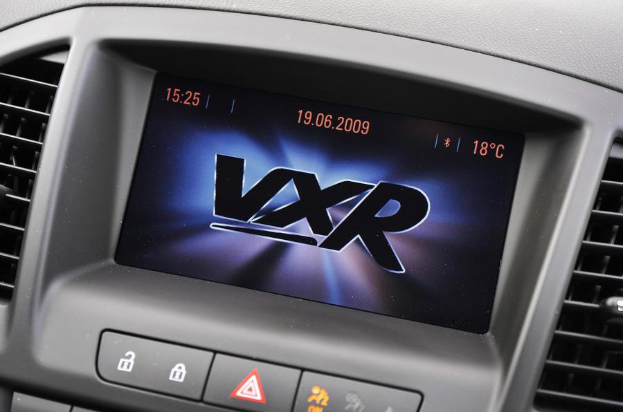 Vauxhall Insignia VXR infotainment