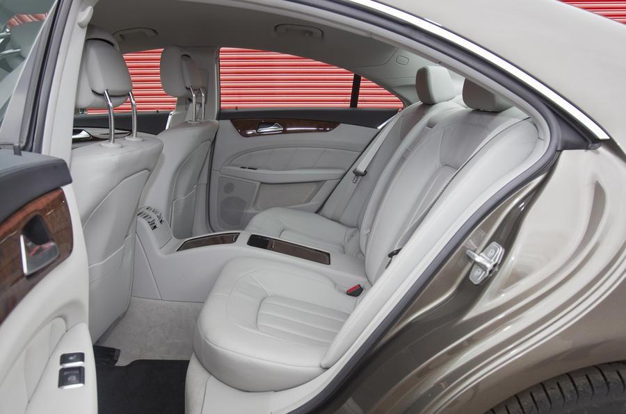 Mercedes-Benz CLS 250 CDI rear seats