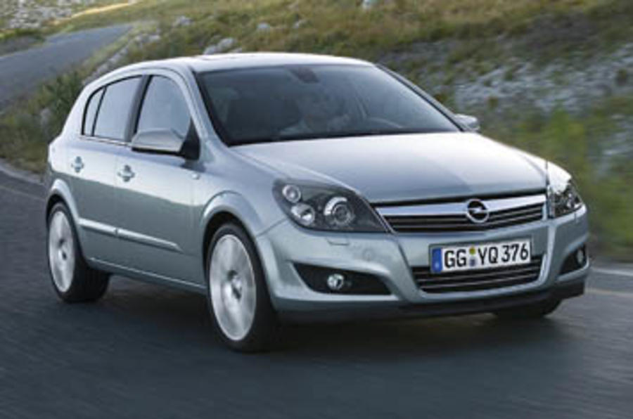 vauxhall astra sri 1 6 turbo review autocar. Black Bedroom Furniture Sets. Home Design Ideas