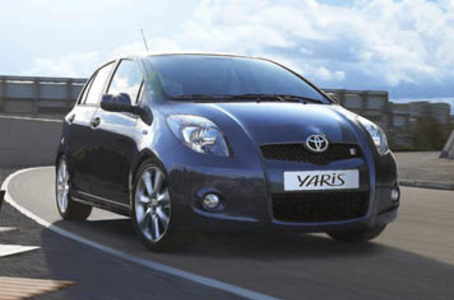 toyota yaris sr first drive. Black Bedroom Furniture Sets. Home Design Ideas