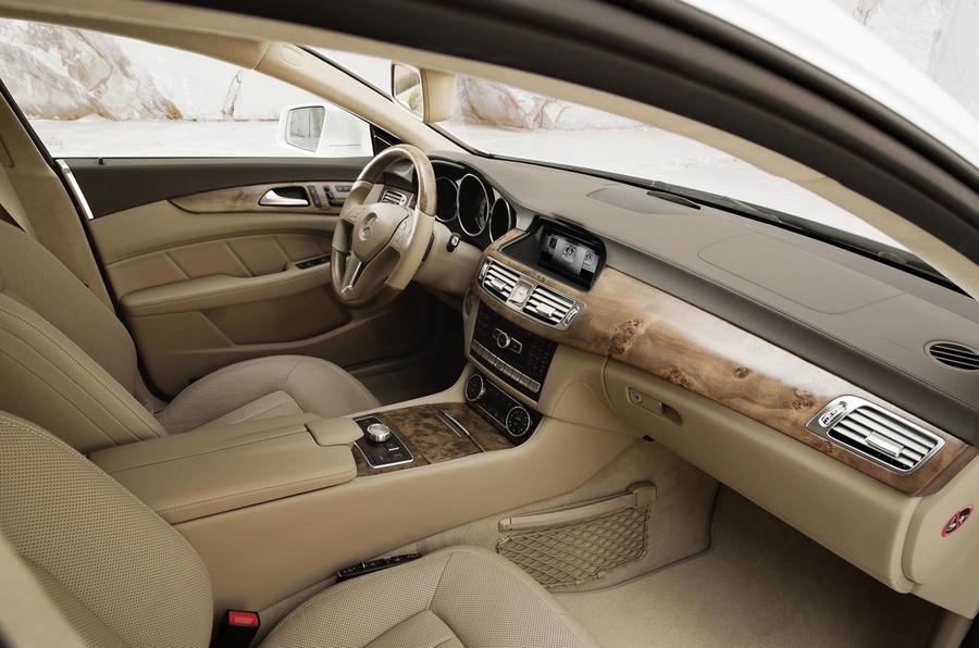 Mercedes-Benz CLS 350 CDI Shooting Brake interior
