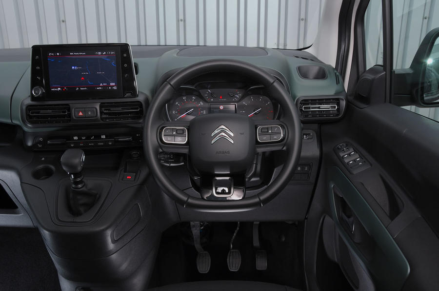 Citroen Berlingo 2018 road test review - steering wheel