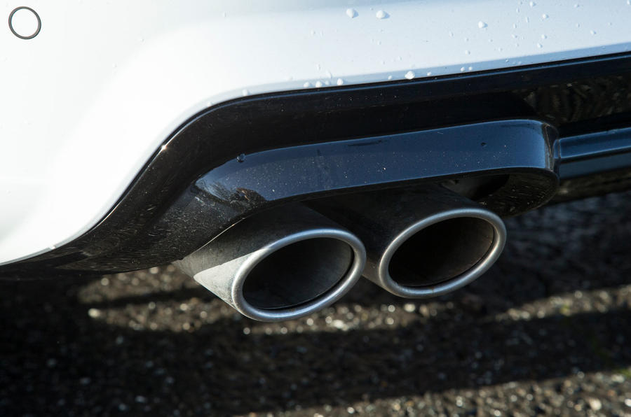 Cupra Ateca 2019 road test review - exhausts