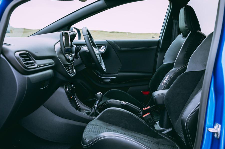 13 Ford Puma ST 2021 : essai routier - cabine