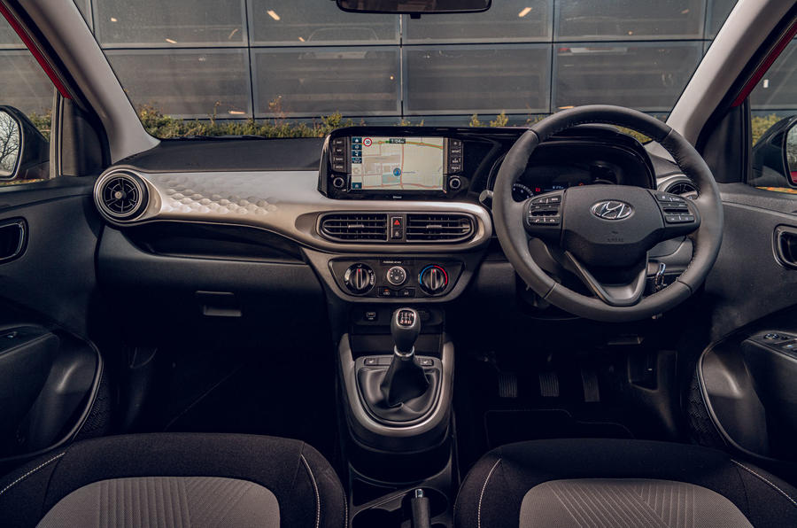 Hyundai i10 2020 road test review - dashboard