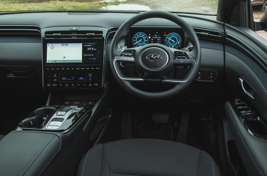 13 Hyundai Tucson 2021 essai routier tableau de bord