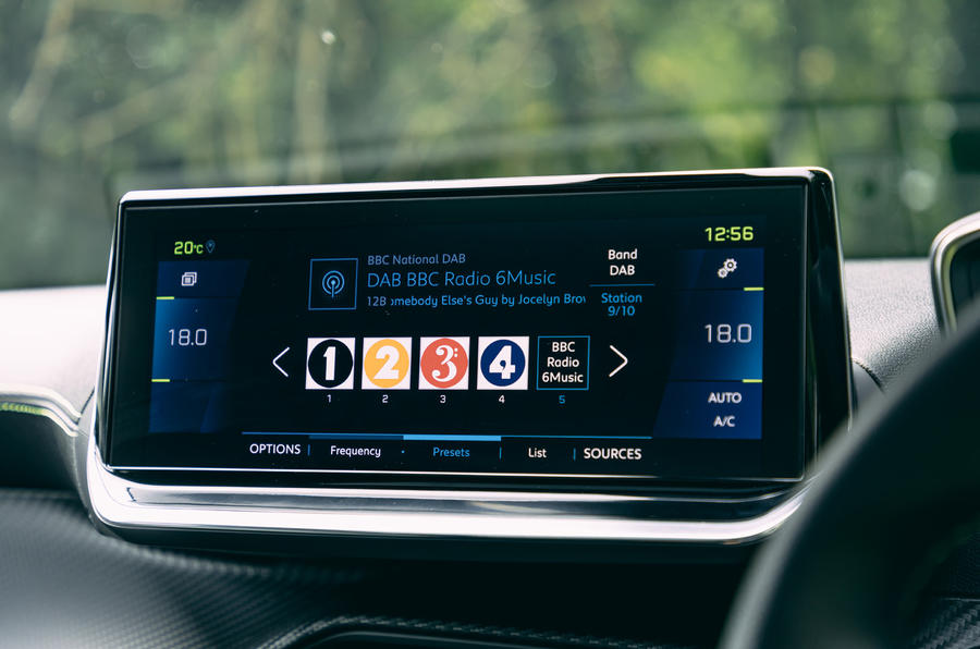Peugeot e-2008 2020 road test review - infotainment