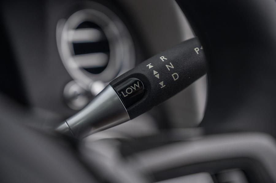 Rolls Royce Cullinan 2020 road test review - gear shifter
