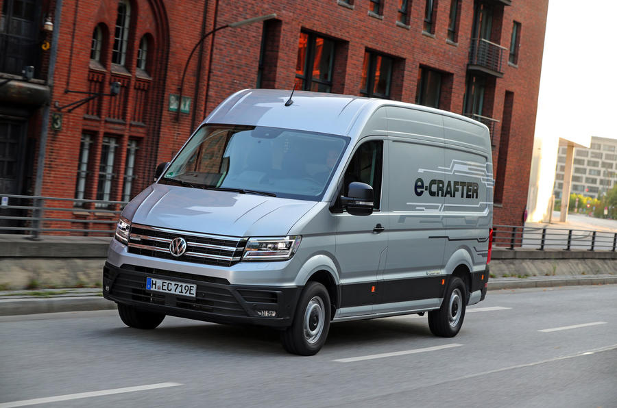Volkswagen e-Crafter 2018 review - on the road