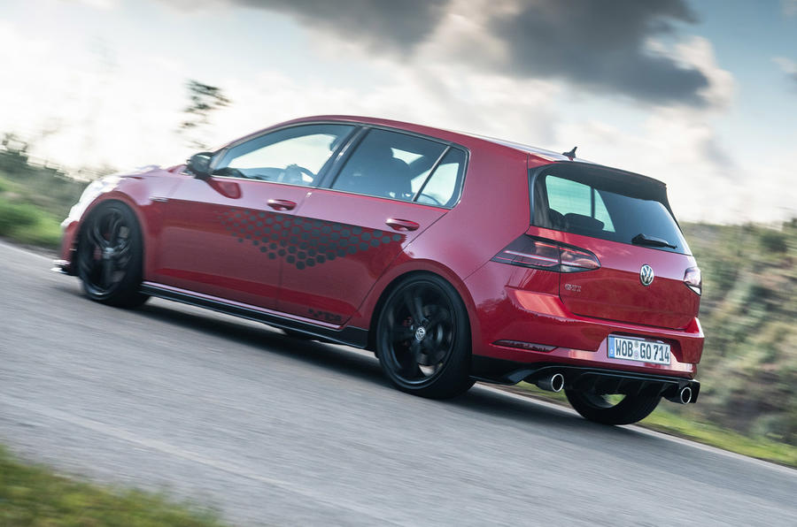 Volkswagen Golf GTI TCR 2019 road test review - road side