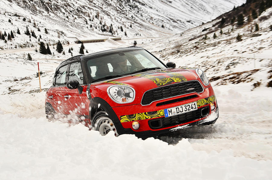Mini Countryman JCW prototype