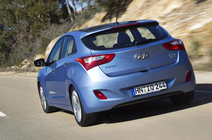 Hyundai i30 1.6 CRDi rear