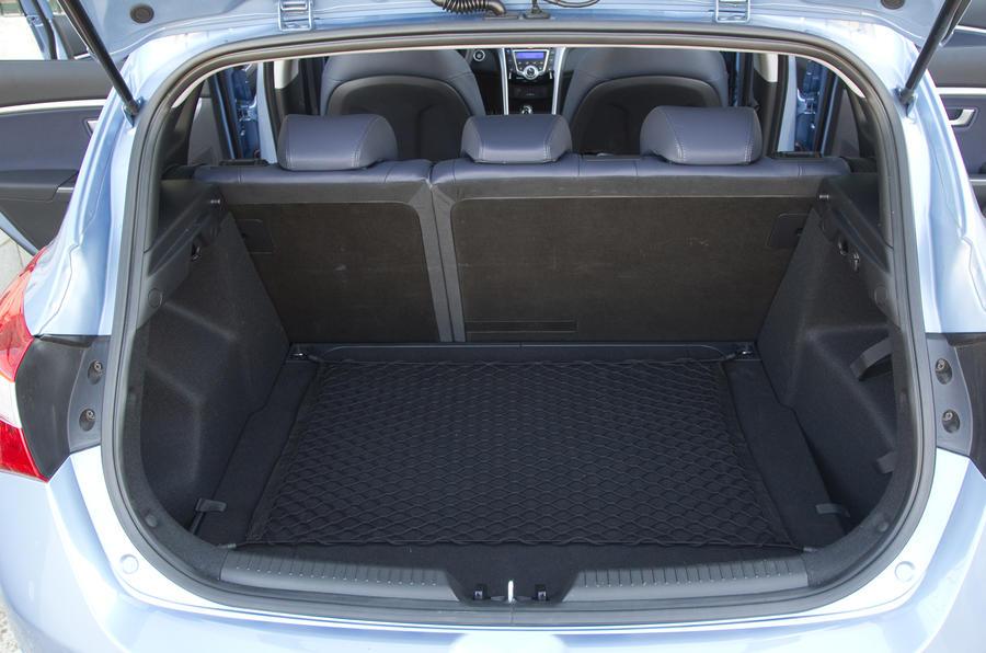 Hyundai i30 1.6 CRDi boot space