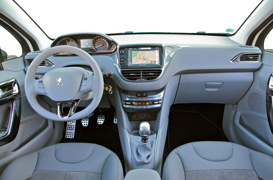 Peugeot 208 1 2 Vti Review Autocar