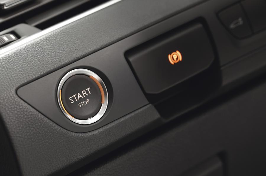 Peugeot 508 ignition button