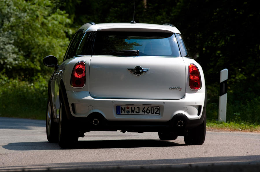 Mini Countryman ALL4 rear cornering