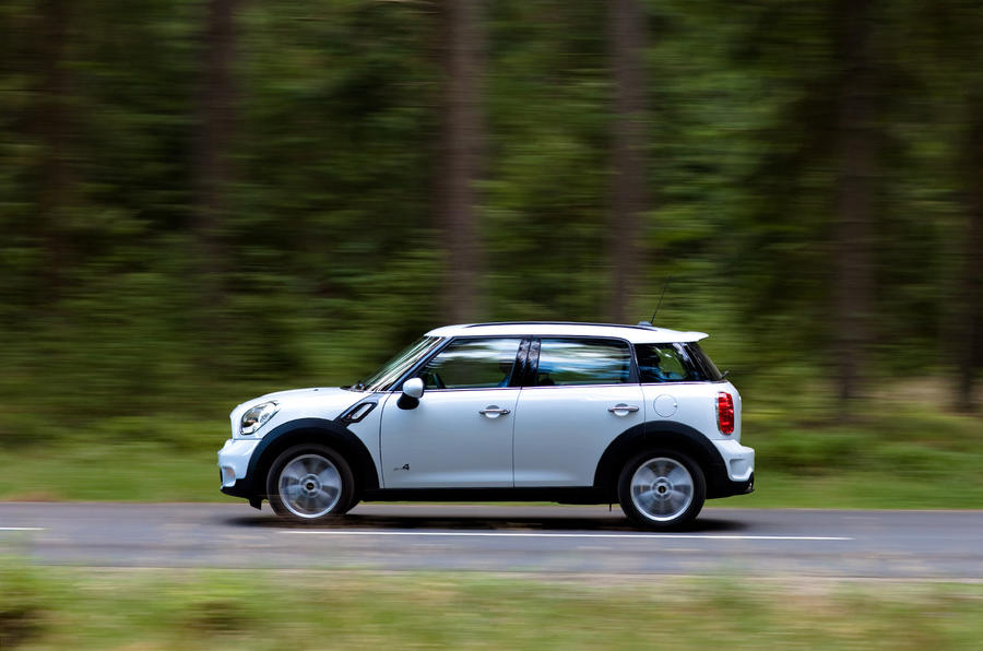 Mini Countryman ALL4 side profile