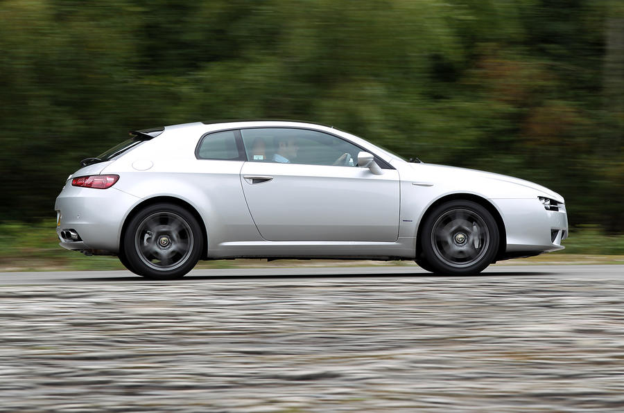 Alfa Romeo Brera side profile