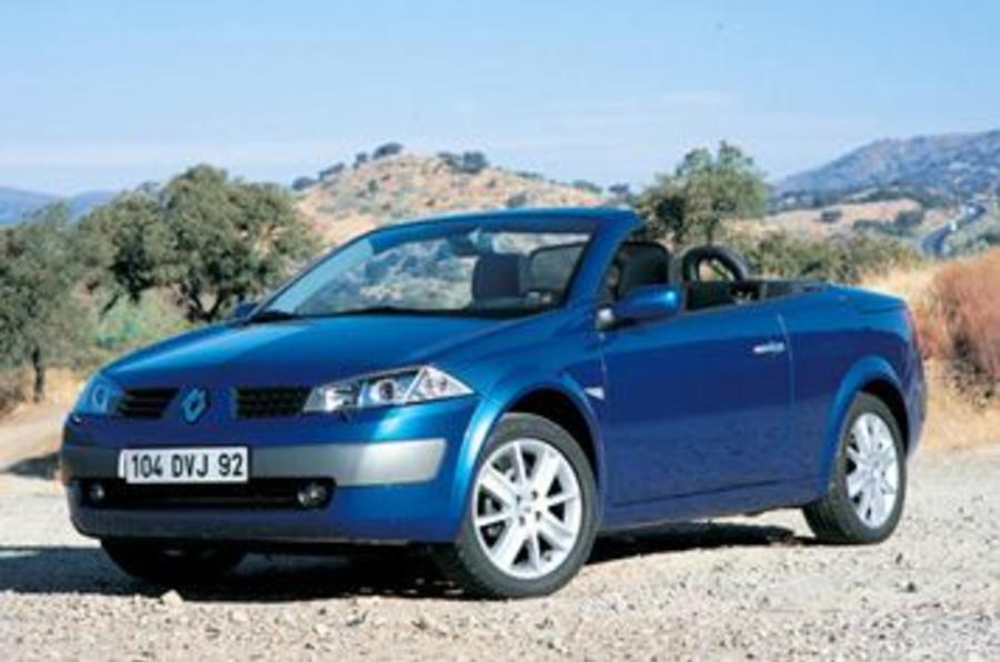 renault megane cc 2 0 vvt review autocar. Black Bedroom Furniture Sets. Home Design Ideas