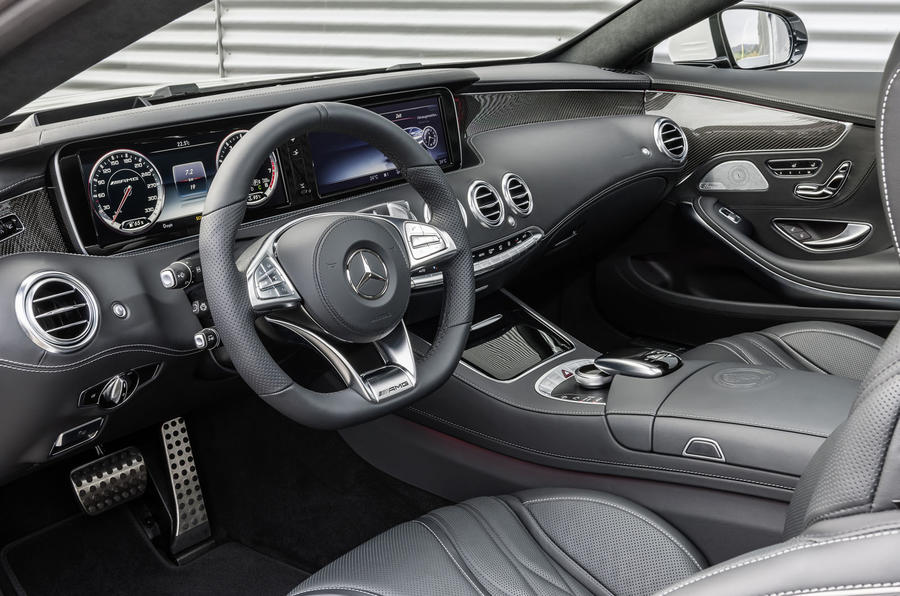 Mercedes-AMG S 63 Coupe dashboard