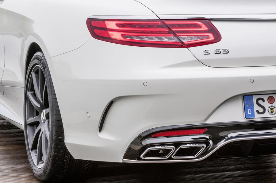 Mercedes-AMG S 63 Coupe quad exhaust