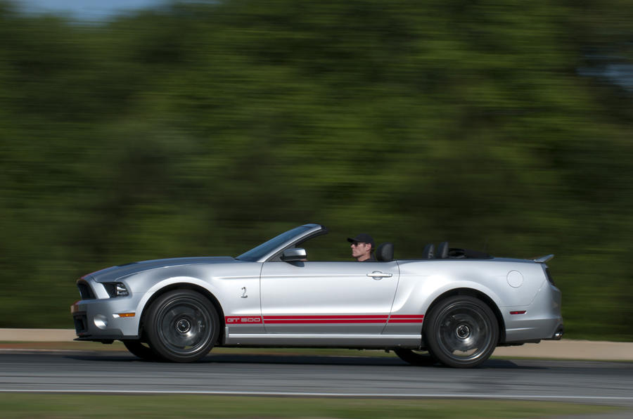Ford Shelby GT500 Convertible roof down
