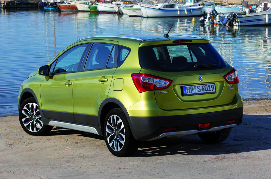 Suzuki SX4 S-Cross rear quarter