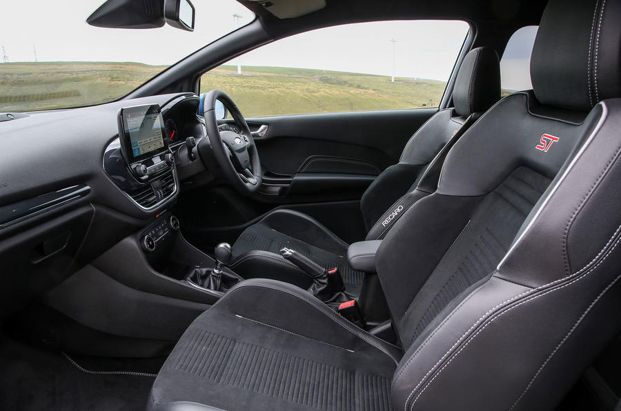 Ford Fiesta ST 2018 road test review cabin