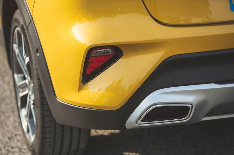 Kia Xceed 2019 road test review - rear bumper