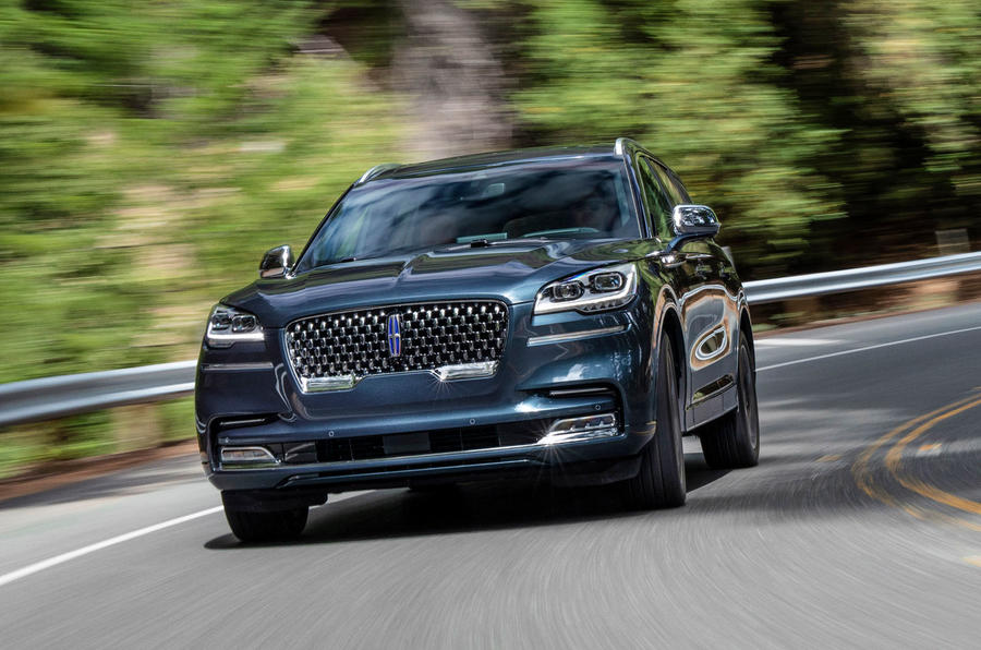 Lincoln Aviator 2020 road test review - cornering front