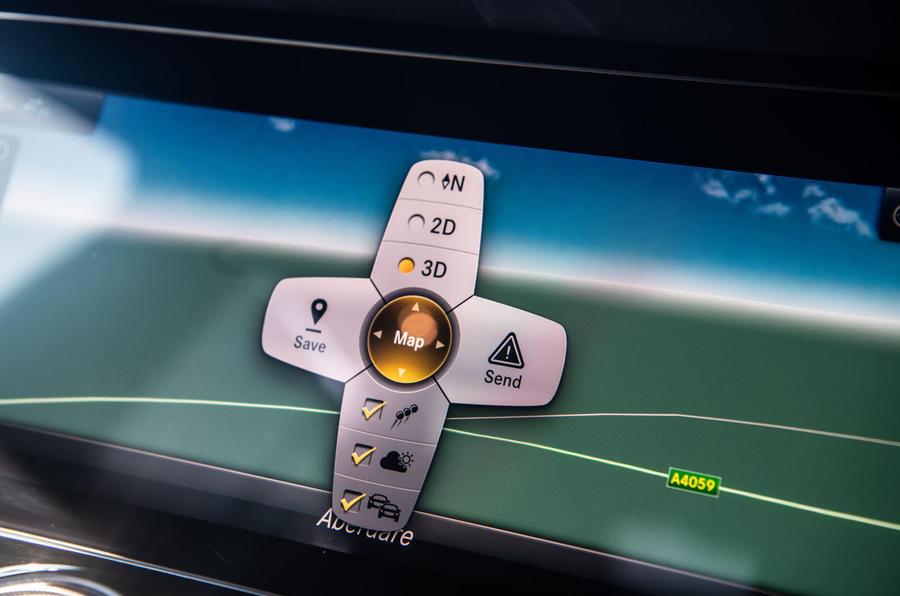 Mercedes-AMG GT four-door Coupé 2019 road test review - satnav