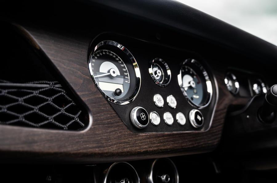 Morgan Plus Four 2020 road test review - dials