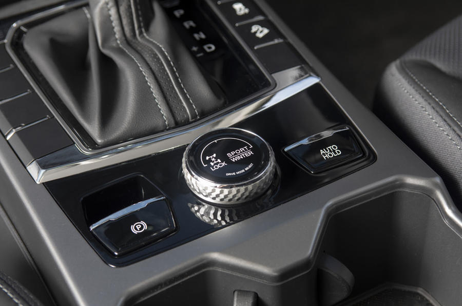 Ssangyong Korando 2019 road test review - 4WD controls