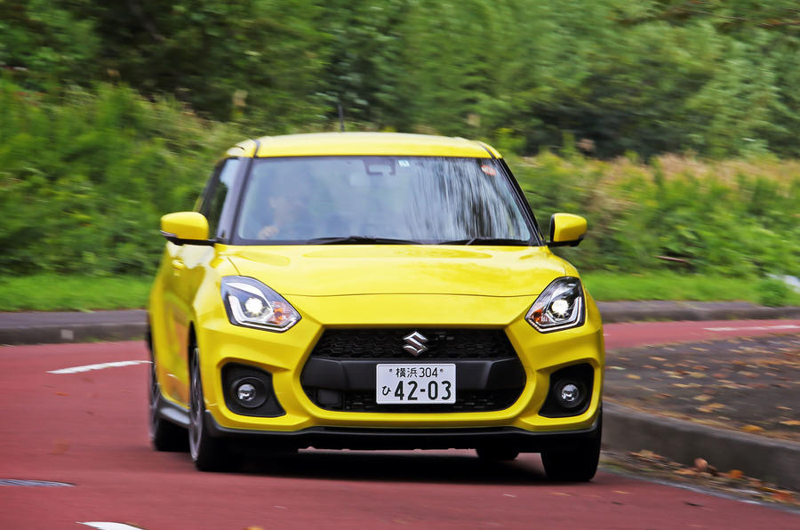 Suzuji Swift Sport Japan-spec review cornering front