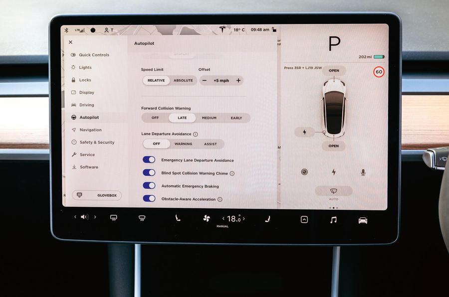 Tesla Model 3 road test - autopilot settings