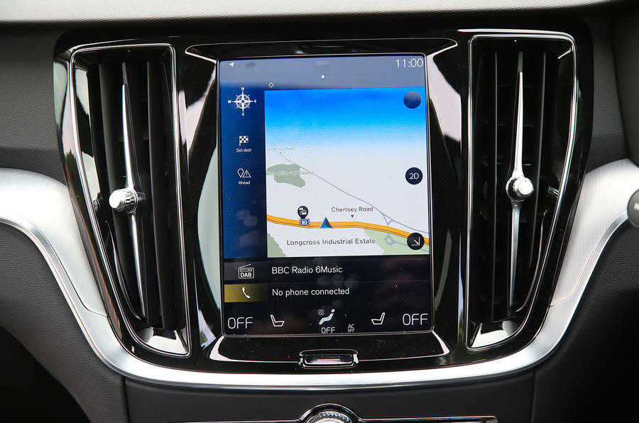 Volvo V60 2018 road test review sat nav