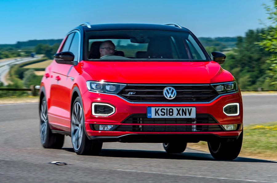 Volkswagen T-Roc 2019 road test review - cornering front