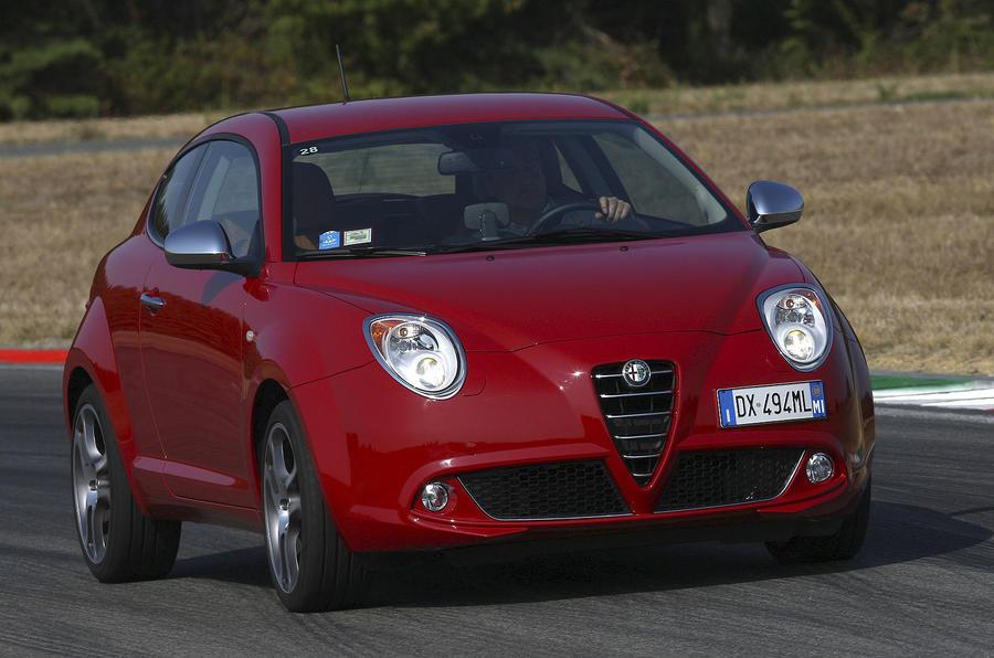 Alfa Romeo Mito cornering