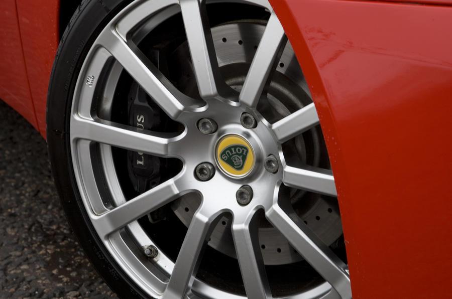 18in Lotus Evora 2+0 alloy wheels
