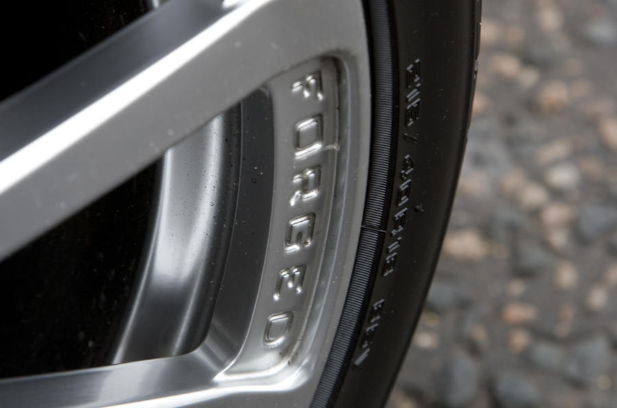Lotus Evora 2+0 forged alloy wheels
