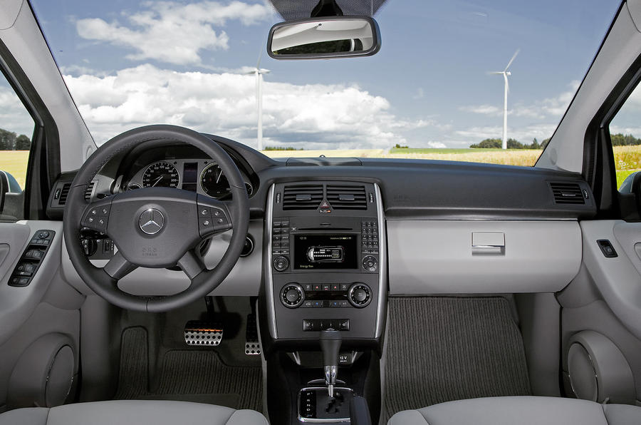 mercedes benz b class f cell review autocar. Black Bedroom Furniture Sets. Home Design Ideas