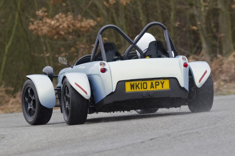 Toniq CB200 rear
