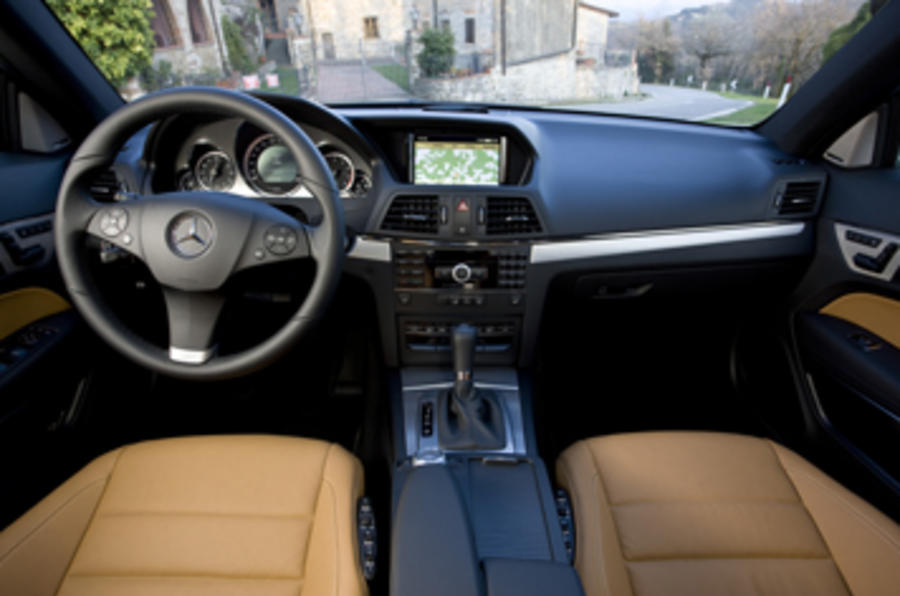 Mercedes-Benz E350 CGI coupe dashboard